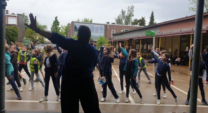 Dans voor jongeren in nabewaking in Drakenhof