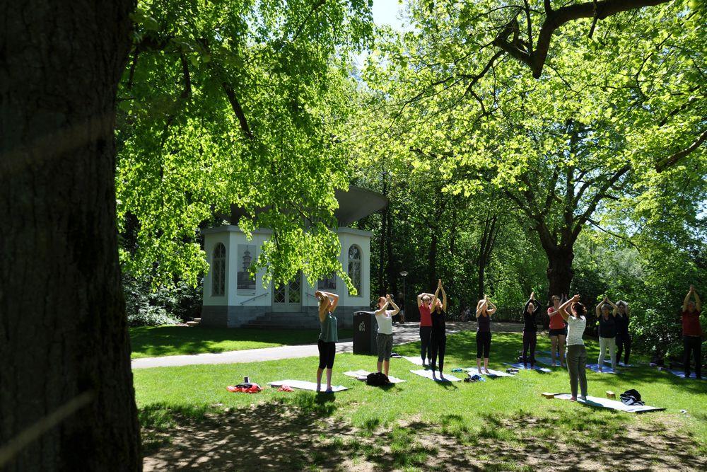 yoga in het openlucht @The Park Boekenbergpark